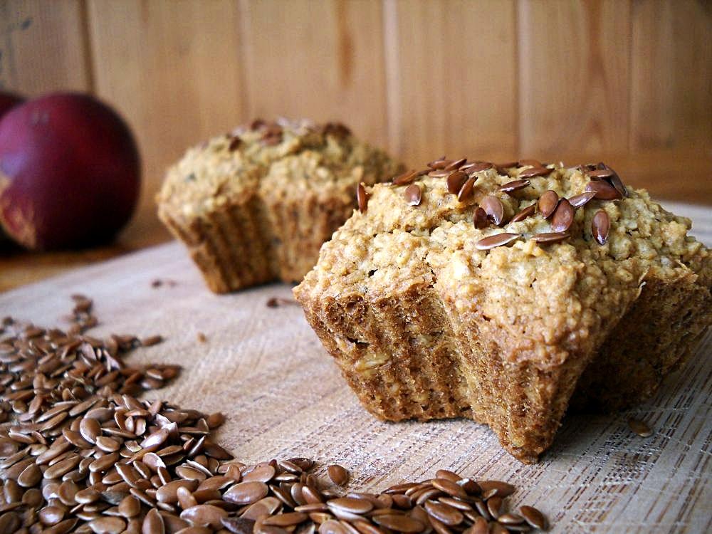 Nektarynkowe muffinki owsiane bez mąki